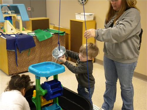 ECFE STEM class at Anoka Preschool and Family Place