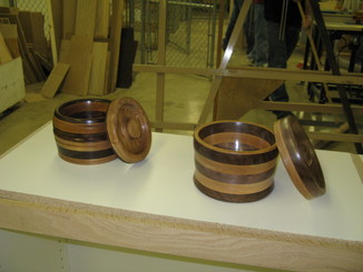 Woods 1 Extra Projects Turned on the lathe - Bowls With Fitted Lids